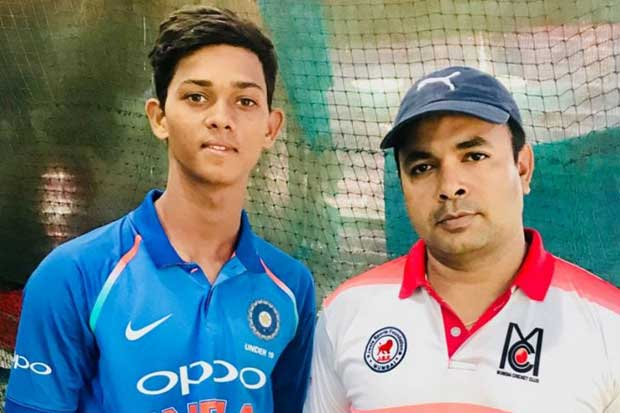 JAISWAL-WITH-COACH
