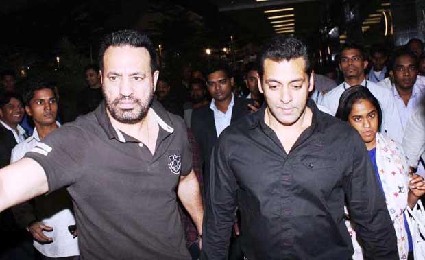 Salman Khan with bodyguard